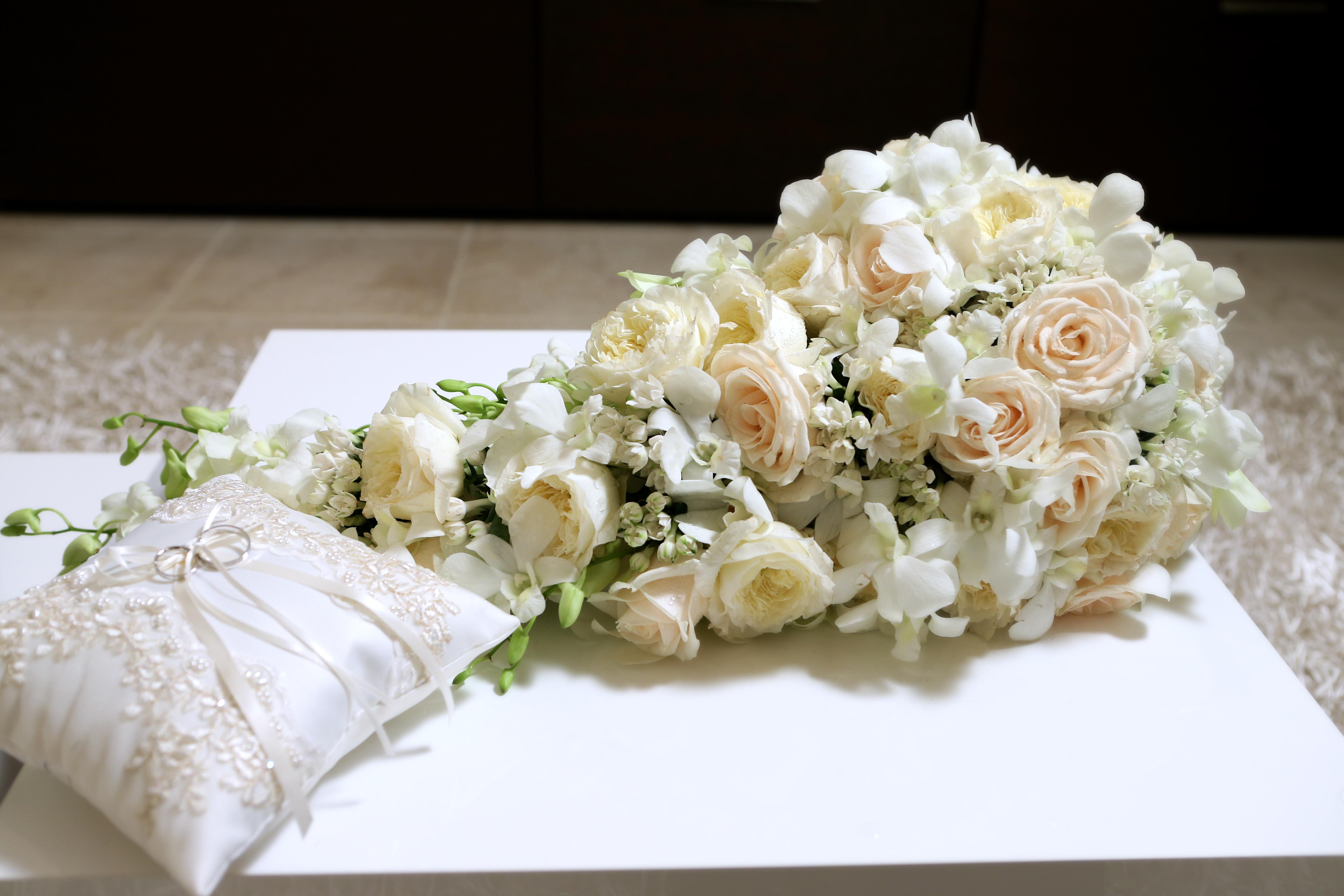italy utah wedding flower arrangement